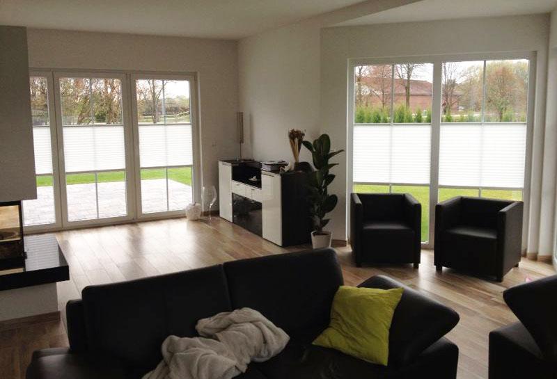 Plissee lichtschutz und sichtschutz mit plissees - Plissee wohnzimmer ...